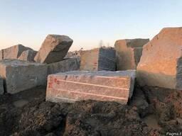 Блоки гранитные покостовского месторождения в Литву импорт