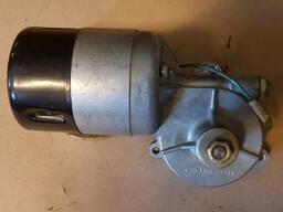 Электродвигатель с редуктором МЭ221В